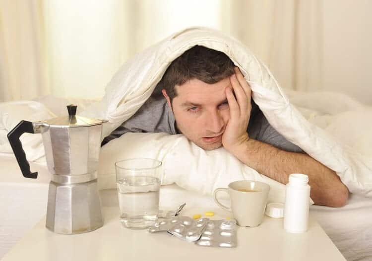 Как правильно вывести из длительного запоя в домашних условиях
