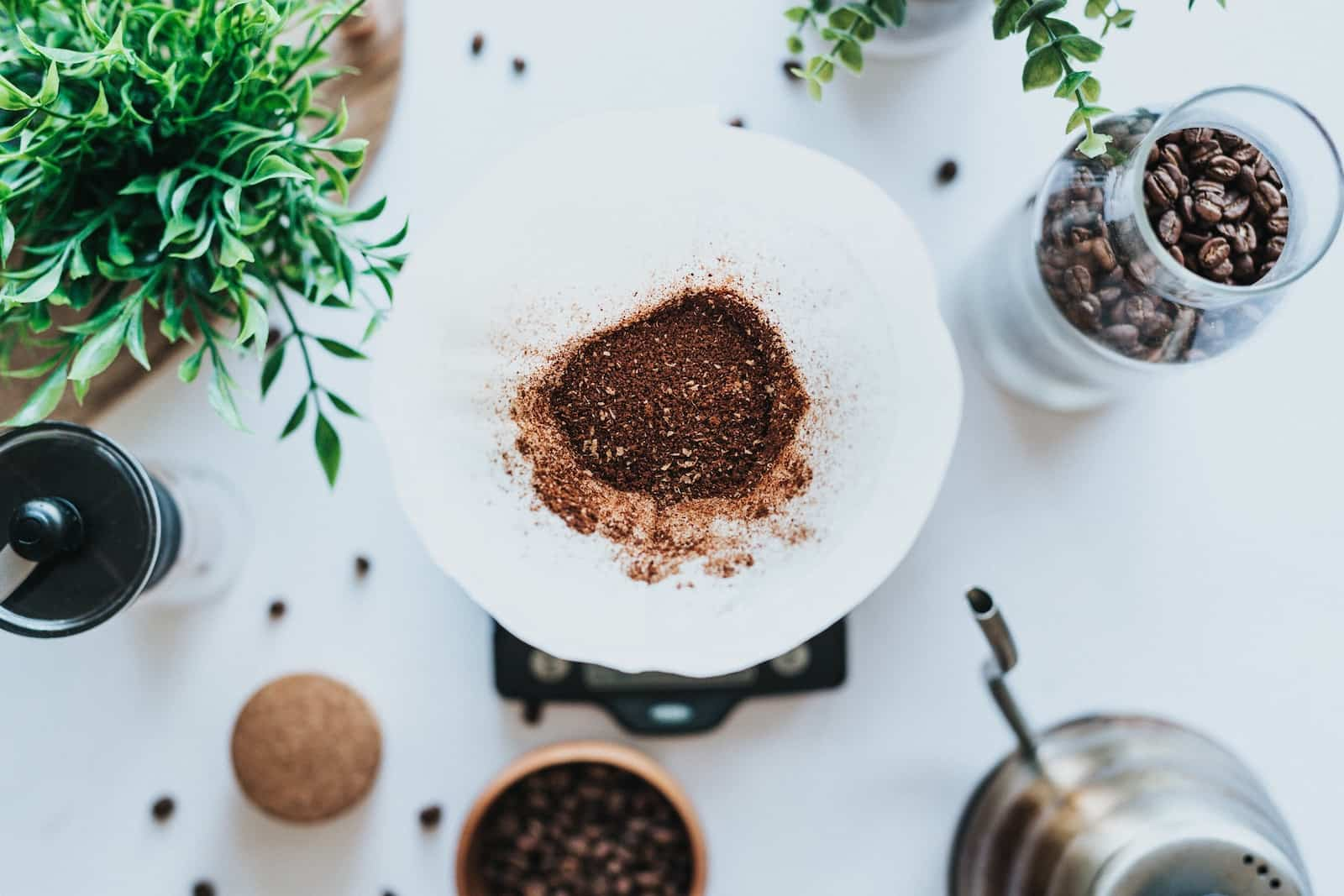 coffee grounds in chemex
